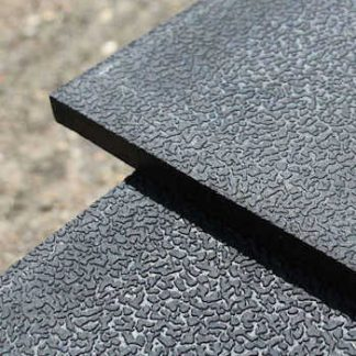 Rubber Stable Mat with Easy Sweep Pebble Top Finish on Rubber Stable Mat