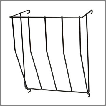 Hay rack for fence mounting on calf hutch